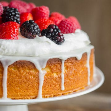 Easy Berry And Almond Cake