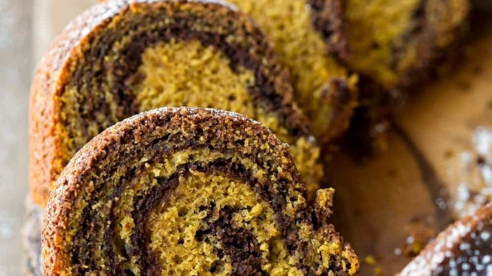 How To Make  Pumpkin And Chocolate Cake Roll