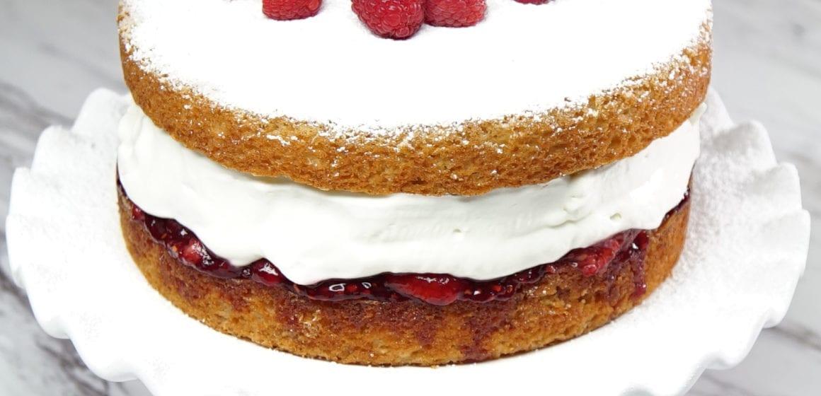 How To Make Victoria Sponge Cakes?