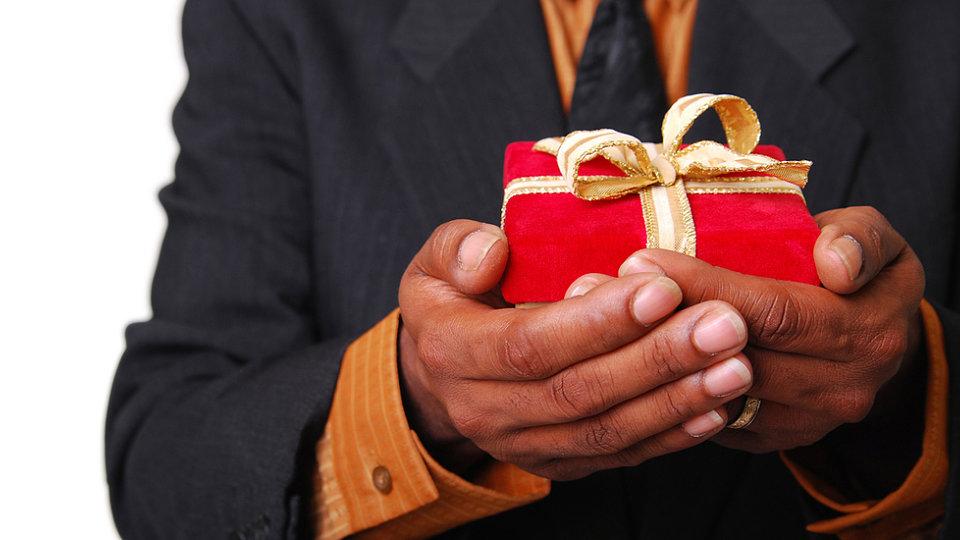 Give The Gift Of Manhood Smellcometomanhood Giveaway