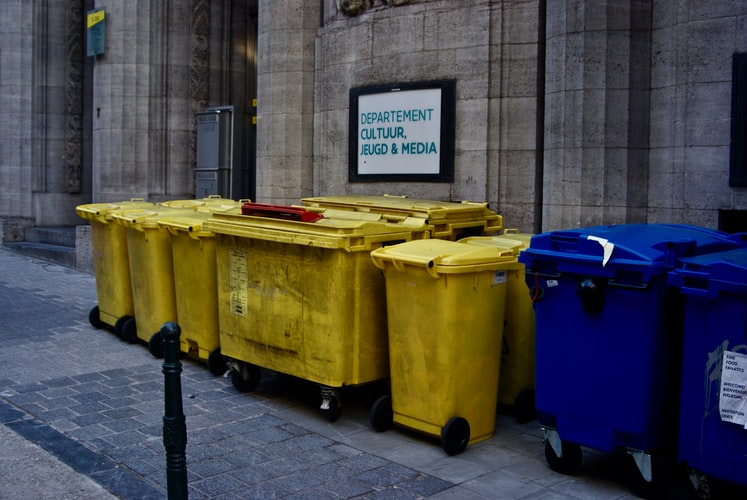 Mistakes Homeowners Tend To Make When Hiring Skip Bin Services