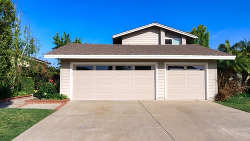 Essential Maintenance Tips To Carry Out On Your Steel Line Garage Doors